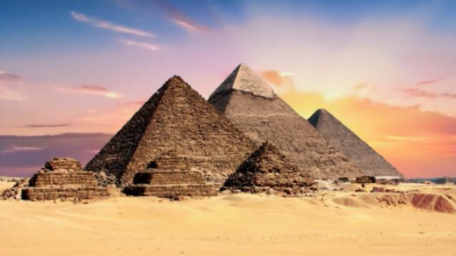 为什么金字塔如何建成始终是个谜?
