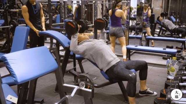 一个健身教练在健身大赛前如何备赛