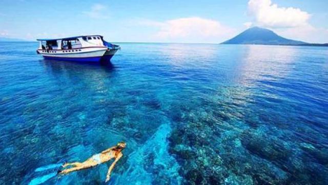 酷暑天美娜多清凉潜水拯救你!