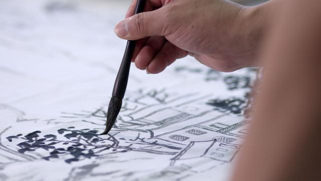 他用三小时教会外国人画中国画