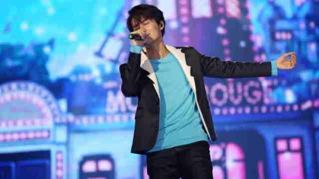 吴克群深情演唱《你是我的星球》