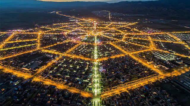 中国唯一一个没有大型红绿灯的城市
