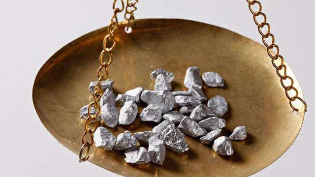古代用银子买东西,是怎么找零的?