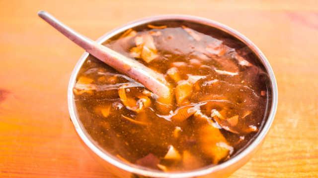 胡辣汤是很多人从小到大必吃的美食