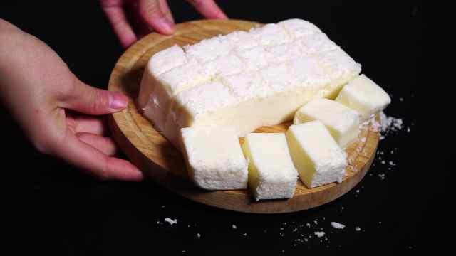人气甜品——牛奶小方,入口即化
