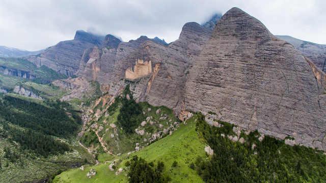 参观藏族的牦牛毛帐篷