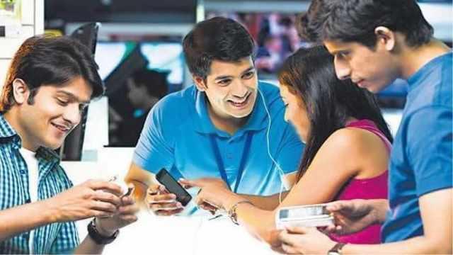 印度未婚女性不能使用智能手机?