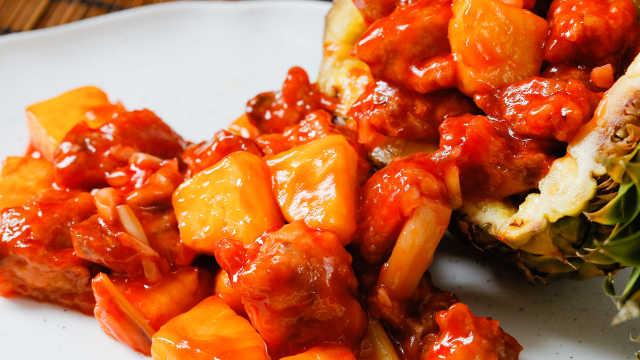凤梨邂逅鸡肉,酸酸甜甜,开胃极了