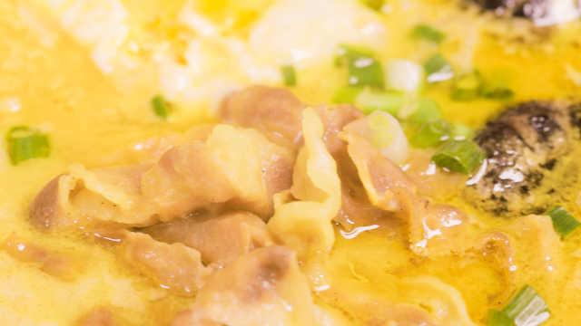 咖喱芝士肥牛锅,吃一口就会拉丝