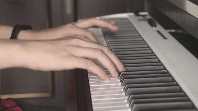《纸短情长》钢琴唯美演奏