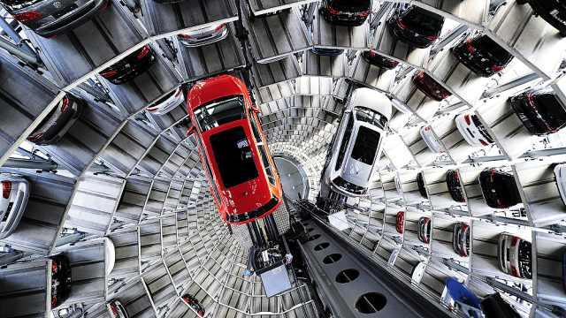 最豪华停车场,女司机都能轻松停车