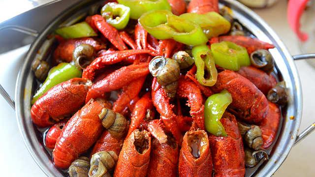 宾阳小哥教大家做小龙虾,吮指回味