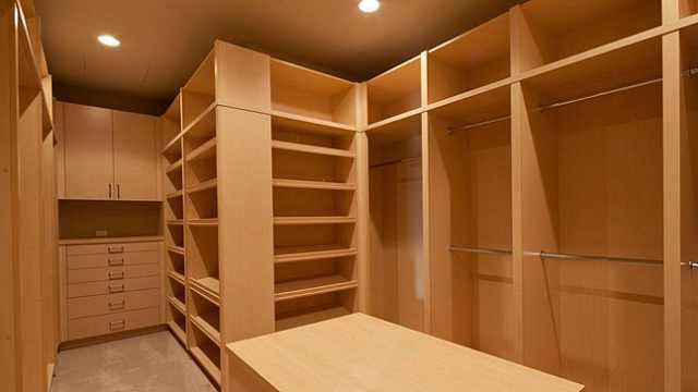卧室衣柜如何挑选?看完你就知道了