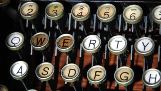 为何键盘字母的排列顺序都一样?