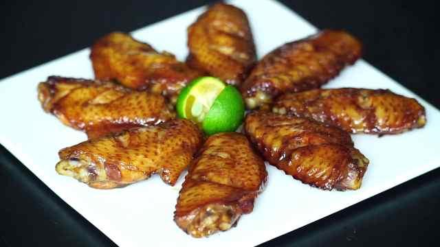 忘了可乐鸡翅吧,试试蜜汁烤鸡翅