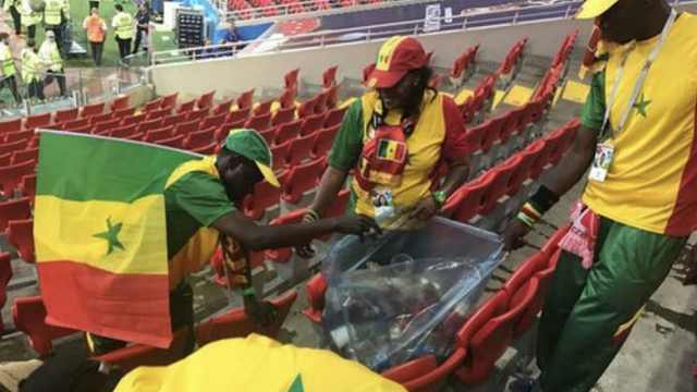 文明世界杯!多国球迷赛后捡垃圾