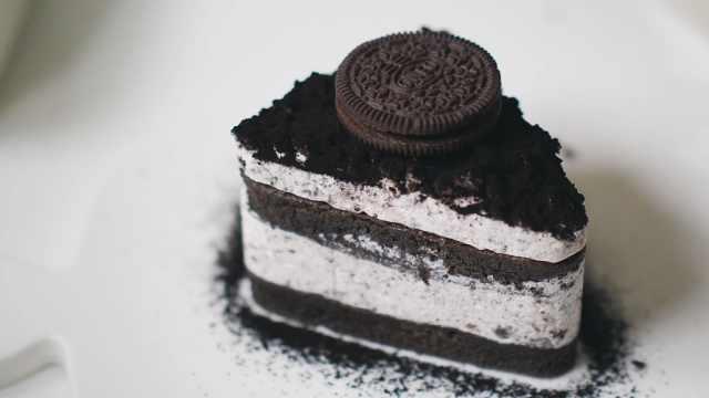 自制美味的提拉米苏蛋糕