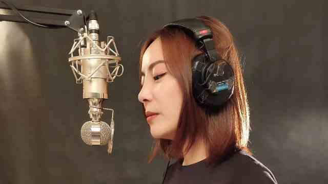 重庆女孩小又翻唱《讲真的》