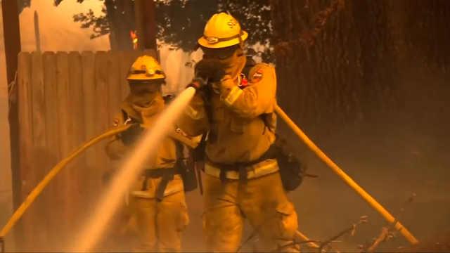 门多西诺火灾成加州史上最大火灾