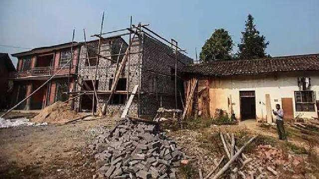 为什么农村的自建房后墙不留窗?