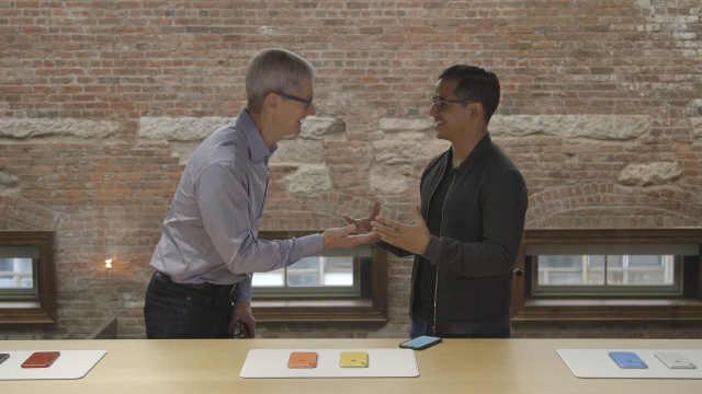 NowThis专访苹果公司CEO蒂姆·库克