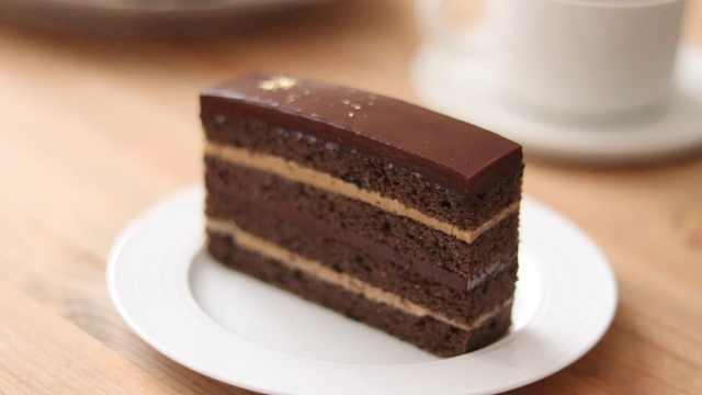 巧克力咖啡蛋糕,美味的巧克力甜点