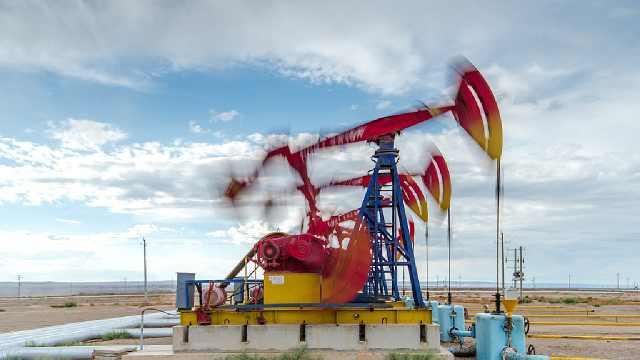 """""""磕头机""""一次能抽出多少石油?"""