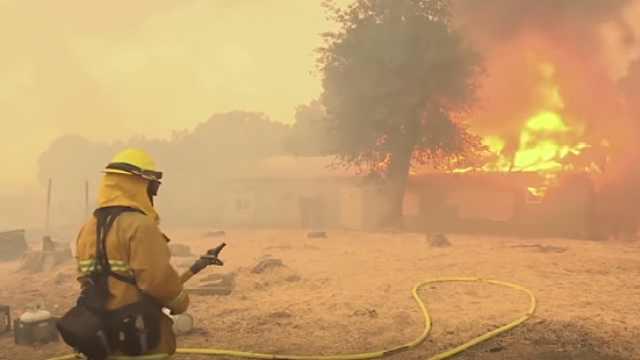 长知识!为什么美国加州频发大火?