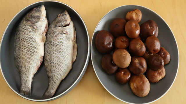 教你客家香菇炖鱼 ,做法超简单