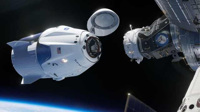 SpaceX载人龙飞船计划明年试飞