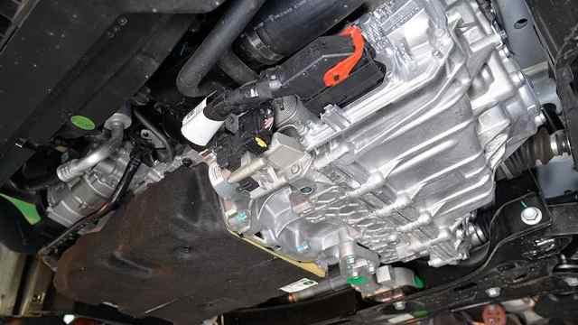 缤越是辆装着领克发动机的丰田小车