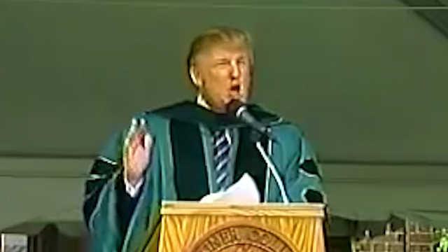特朗普2004年演讲:遇到墙就绕过去