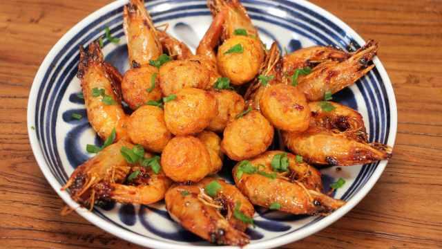 油焖大虾+虎皮鹌鹑蛋的组合