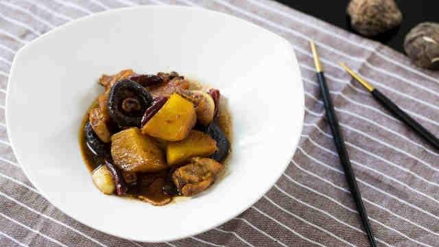 來份土豆香菇燒雞腿,犒勞下自己