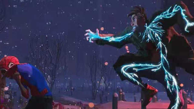 蜘蛛侠竟然被小男孩给电懵了?