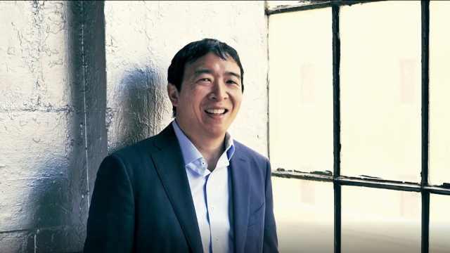 纽约时报介绍华裔总统竞选者杨安泽