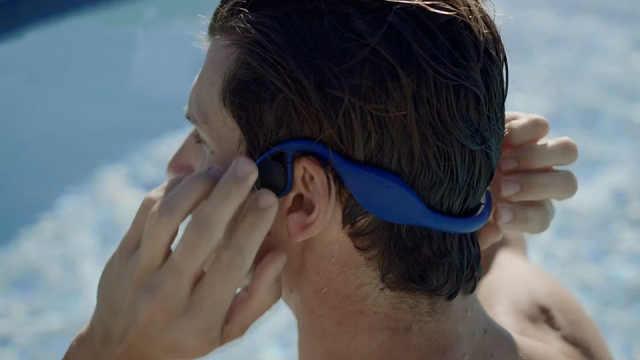 游泳的时候想听歌?试试这款耳机