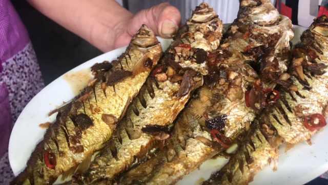 柴火慢煎邕江鱼,配上橄榄又嫩又香