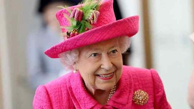 男子闯白金汉宫,离女王卧室仅几米